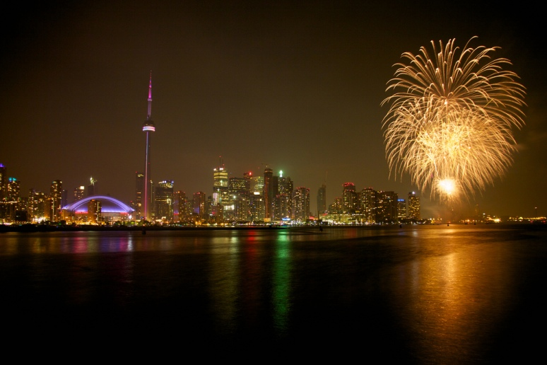 Fireworks display over Harbourfront Canada Day celebrations (picture by Steven Talunay on Flickr)
